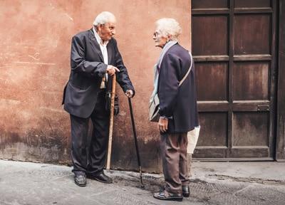 Потеря слуха в жизни пожилого человека