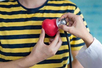 Как заболевания сердца влияют на слух
