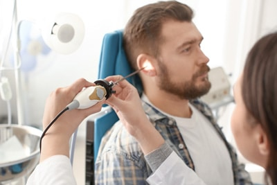 Односторонняя потеря слуха