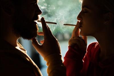 Курение и слух, может ли ухудшиться слух