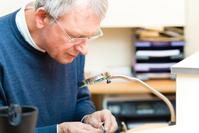 Ремонт слуховых аппаратов